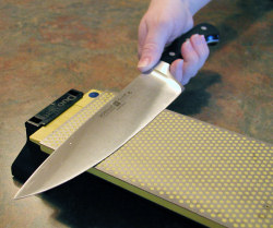 Sharpening Your Kitchen Knives
