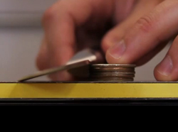 Find Knife Sharpening Angle With Quarters - Video